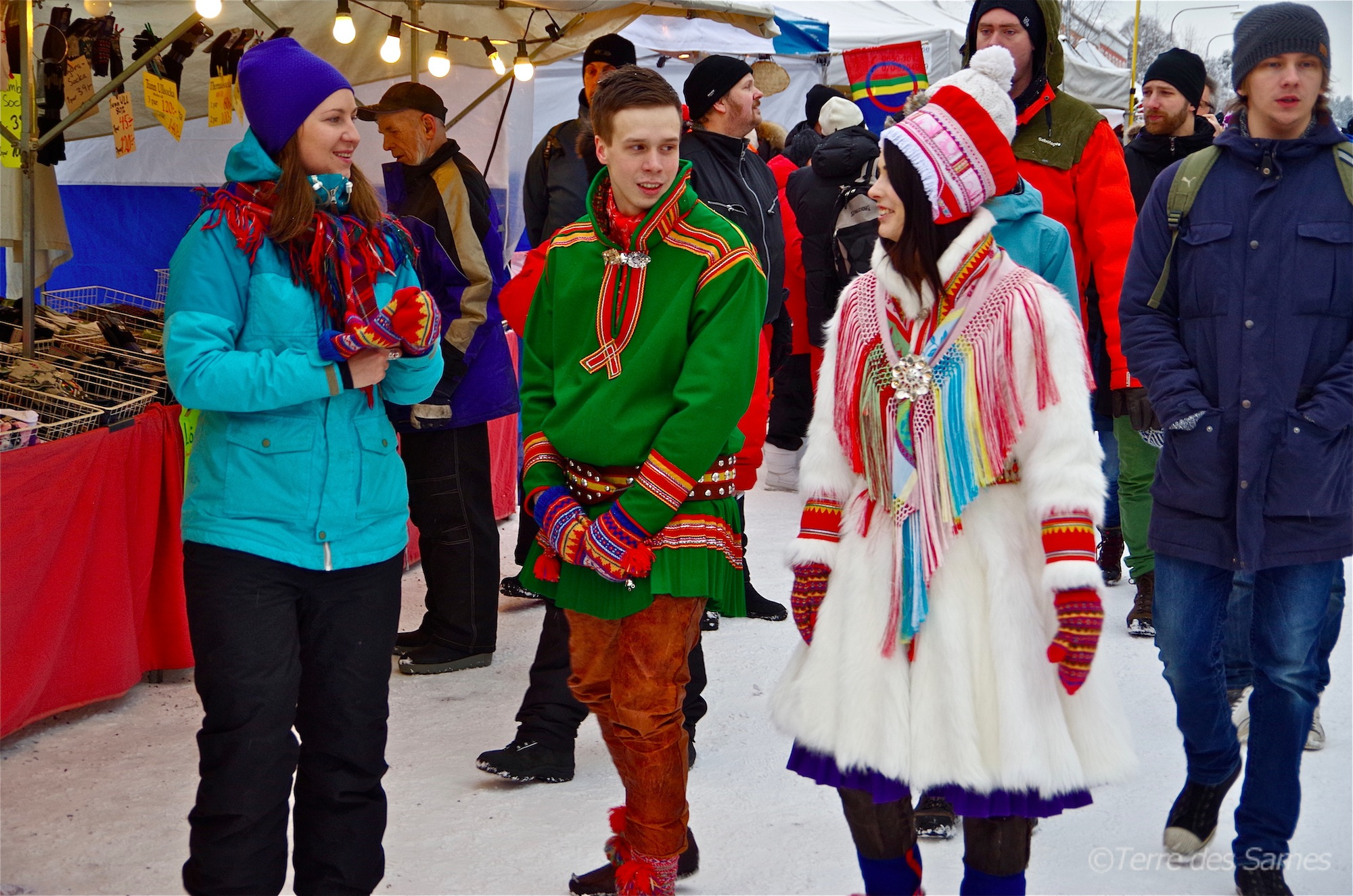 Terre-des-Sames-marché-hiver-Laponie